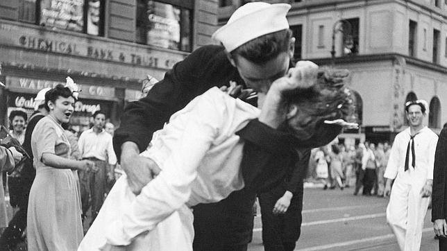 ~Glenn McDuffie & Edith Shain~El beso eterno~
